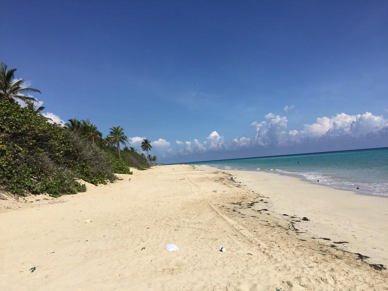 Playa del Este in Cuba  Photo by: Cynthia Carris Alonso/Photo SolutionsNYC  carris27@aol.com 917-678-8089