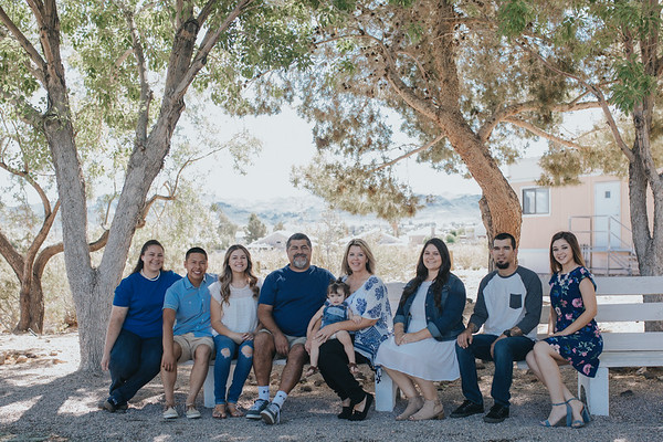 THE FLORES FAMILY // 2017-06-10