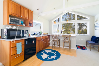 McCall_AirBNB_kitchen1