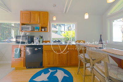 McCall_AirBNB_kitchen2