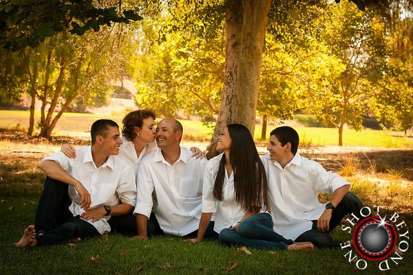 Riano Family