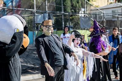 181031 Micheltorena Halloween Parade_CH-2