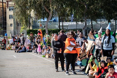181031 Micheltorena Halloween Parade_CH-19