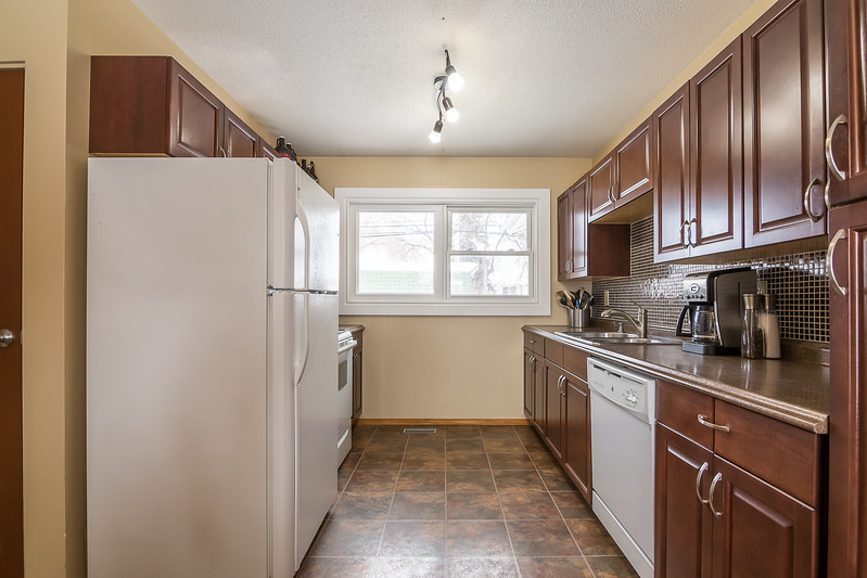 23 Oneil Cres-8