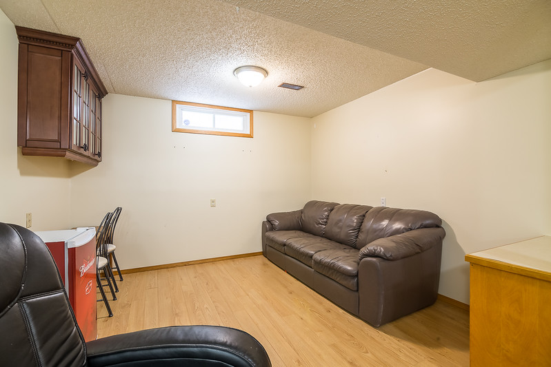 23 Oneil Cres-22