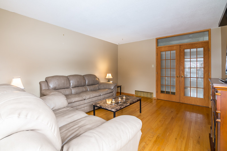 23 Oneil Cres-17