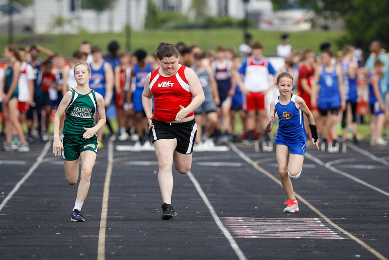 2019-05-18 Eastern Middle School Track Classic-0634