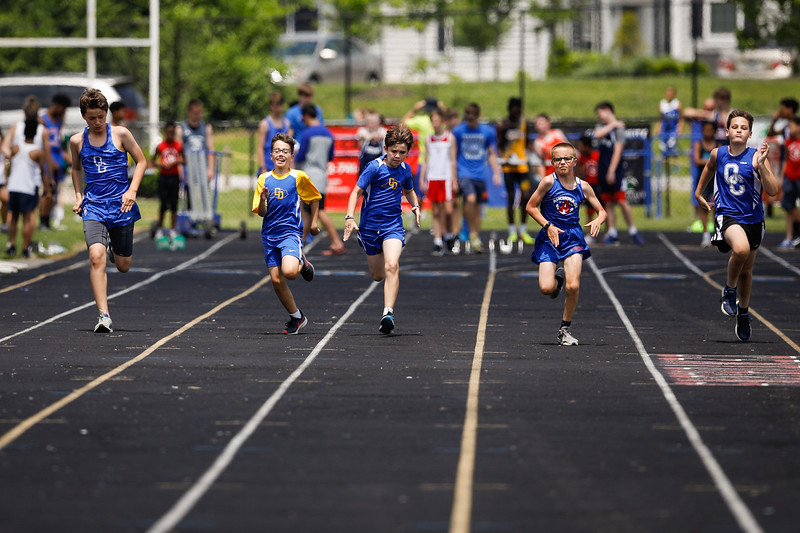 2019-05-18 Eastern Middle School Track Classic-0805