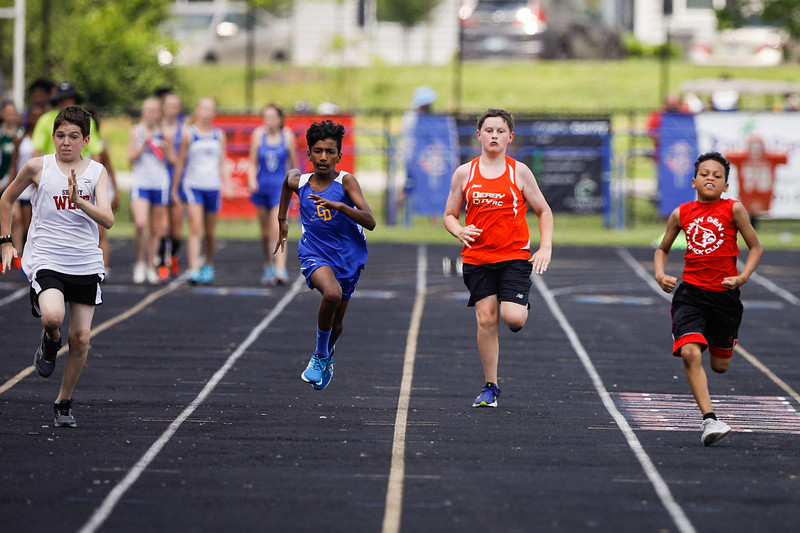 2019-05-18 Eastern Middle School Track Classic-0836