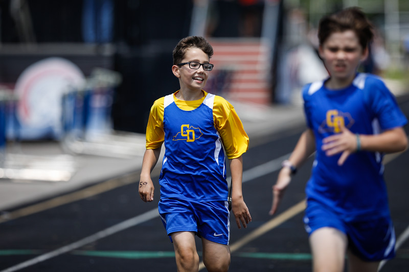 2019-05-18 Eastern Middle School Track Classic-0817