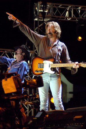 Brooks and Dunn (CMA07)
