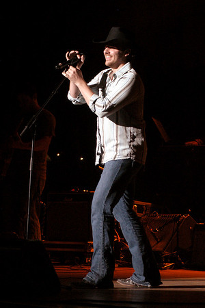Chris Young - Chely Wright RW&R (CMA07)