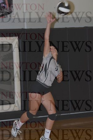 CMB Volleyball vs. Lynnville-Sully 8-31-16