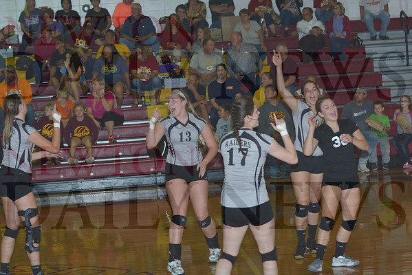 CMB vs. PCM Volleyball 10-11-16