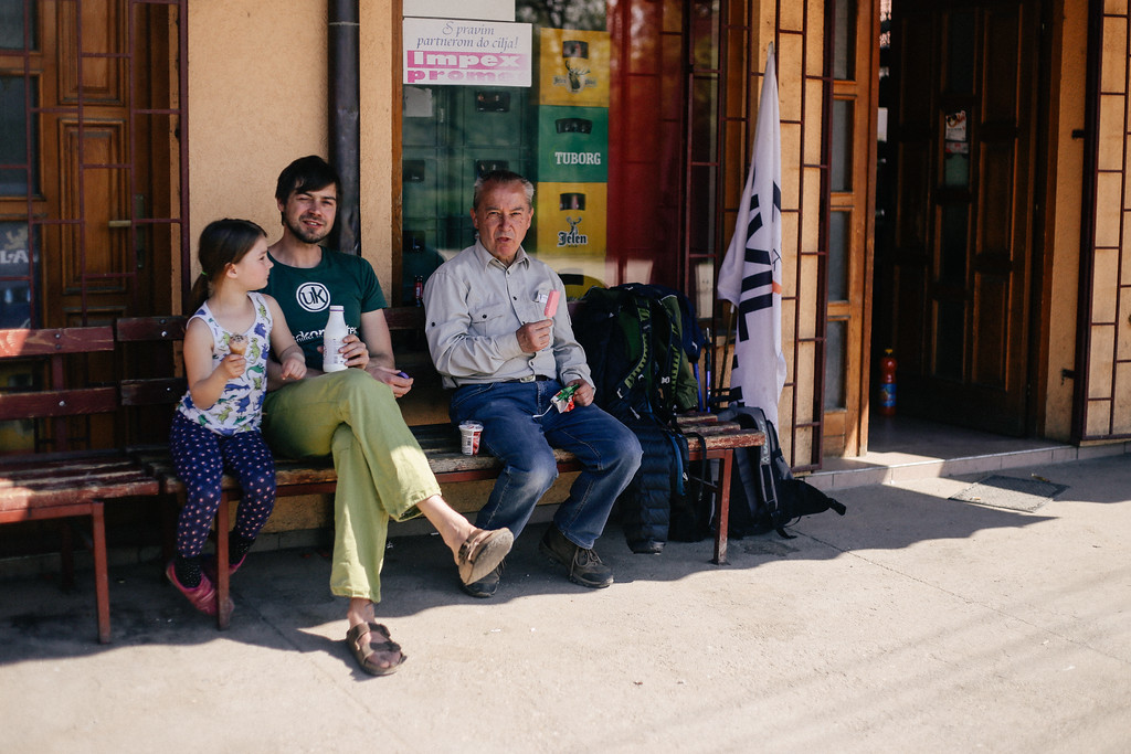Tom, Hania, Thomas during 15 minutes break in front of the local shop.