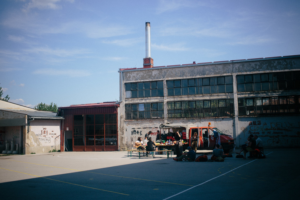 Launch break in Zitkovac. Accommodation spot was again a school gym, but hot spring weather kept us outside.