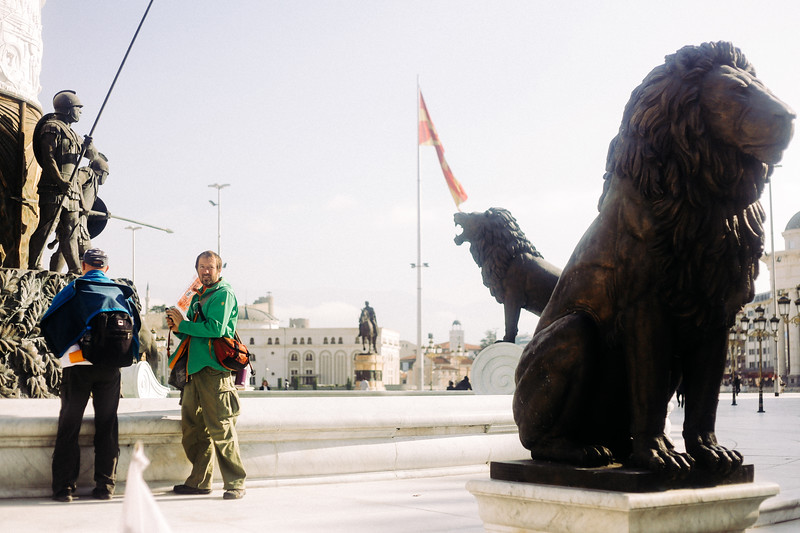 Wojtek and Ryszard (both Poland) looking at the monuments at the main square in Skopje.
