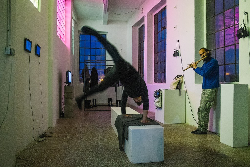 Spontaneous artistic performance in accommodation space.