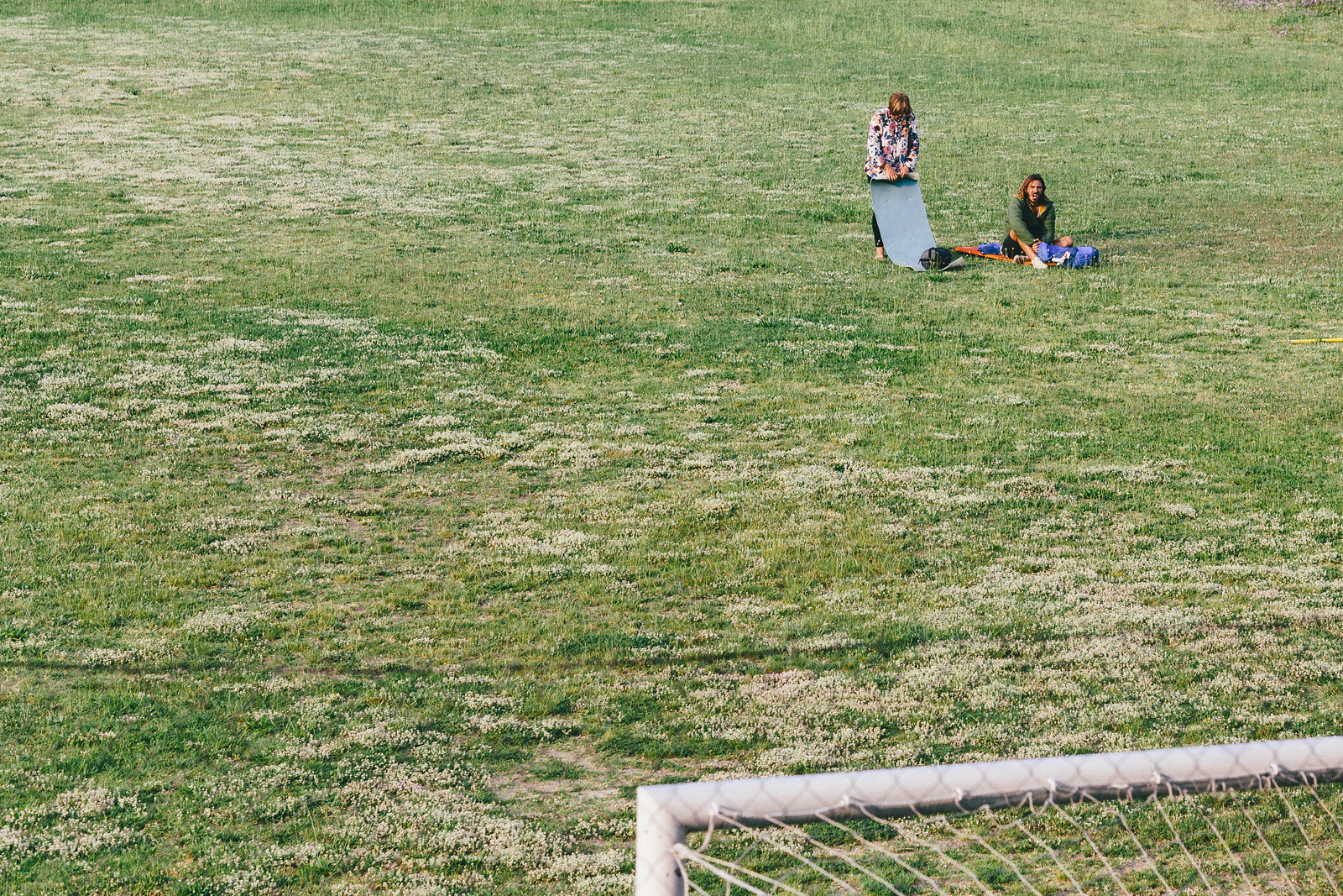 """Sleeping """"separatists"""" - Wiktoria (Poland) and Lucas (Argentina) spent their night on the middle of the football field."""