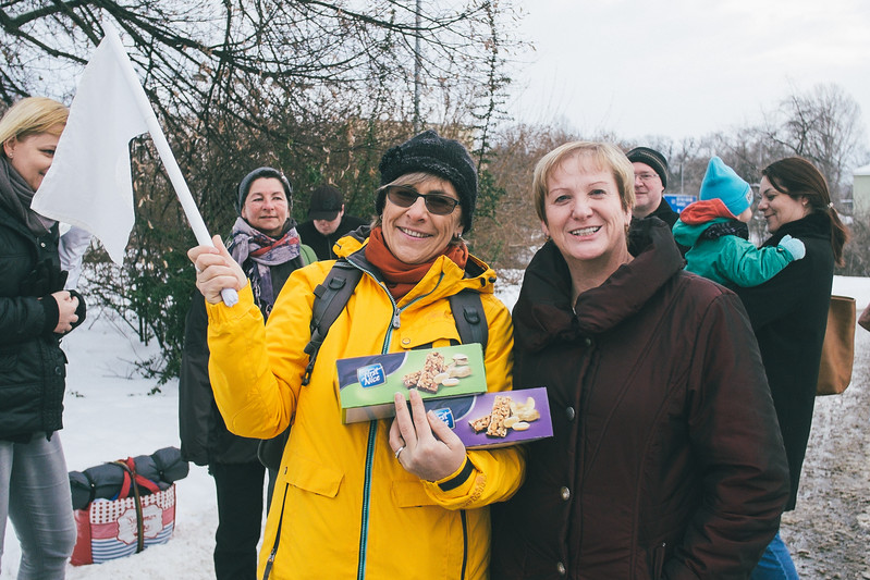 Not only marchers were hosted and welocmed with open hearts by the regular citizens but even just before leaving were given some sweet snacks.