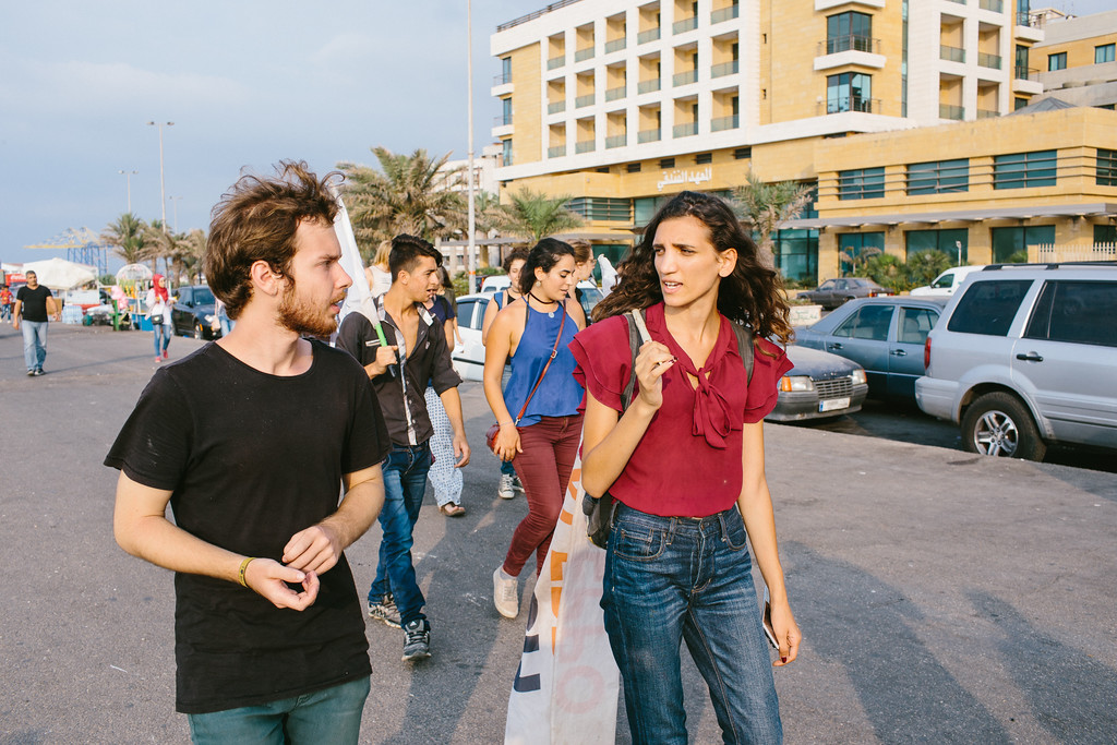 Yannek (Irland) and Handi (Lebanon) marching on the Tripolis corniche.