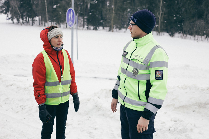 Dorota (Poland) speaking with a local policeman.