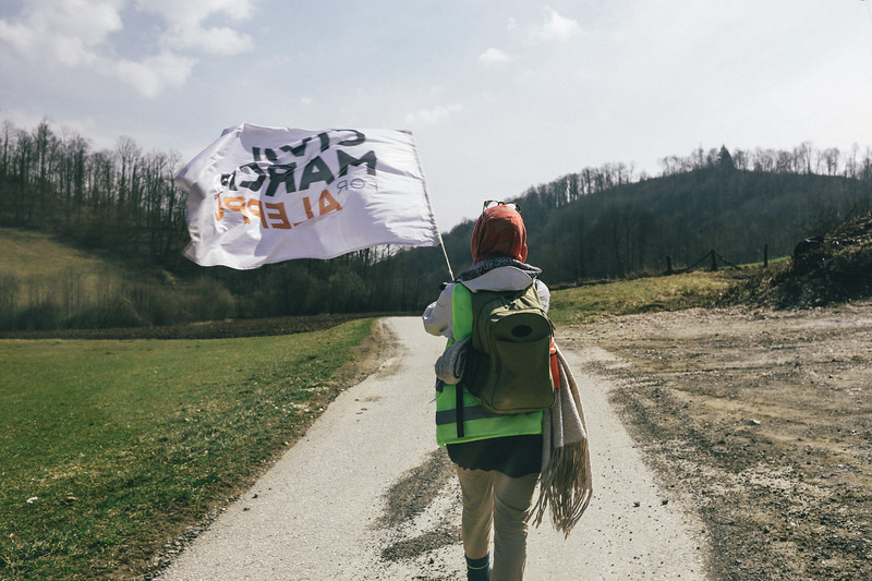 Ismahan (France) marching along a beautiful valley on the way to Kozarac.