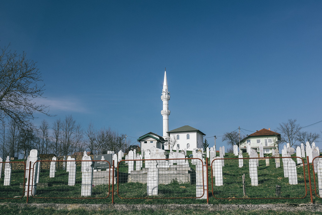 Passing a small mosque and a cemetry on the way to Kozarac.