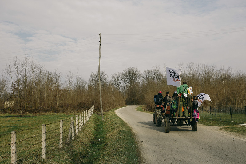 Usually the march was only moving by walking. On of the not many moments we moved by hitchhiking.