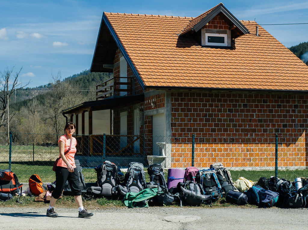 Agnieszka (Poland) during the break. Marchers had to unpack the cars and cross the border with all their belongings.