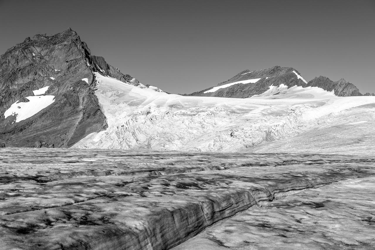 Pyramid Glacier in the Quintets