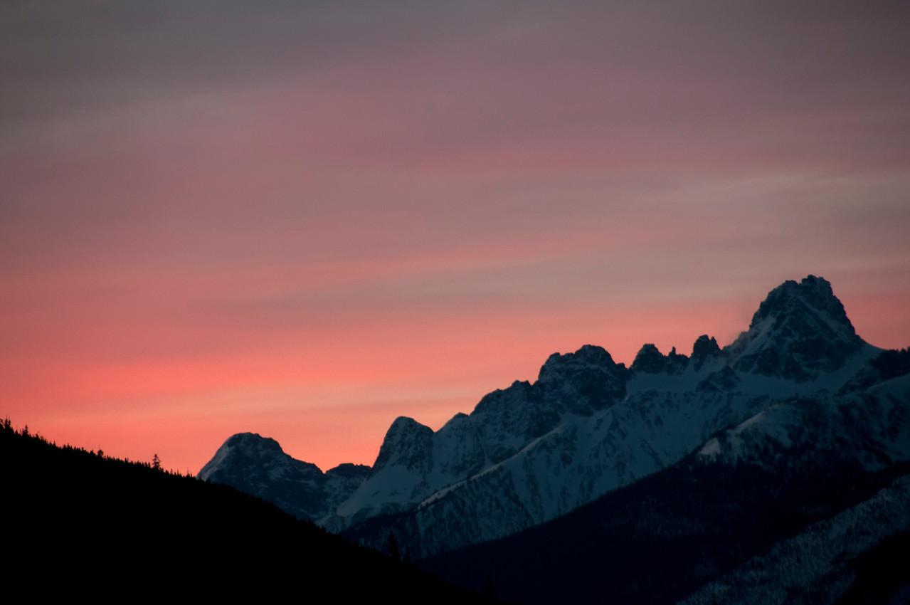 Sunrise over the Vowell Range