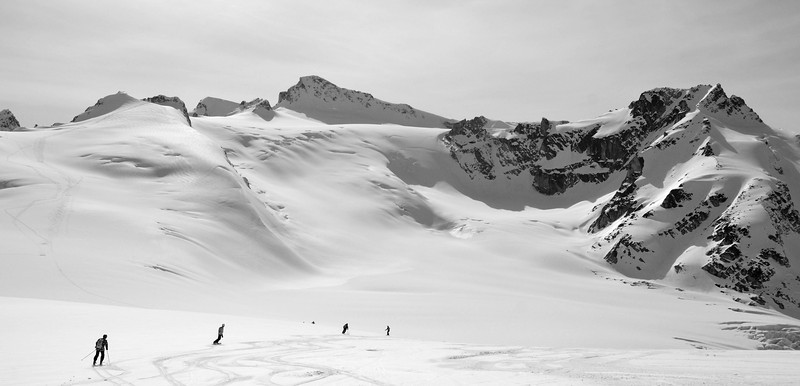 Skiing down from Pernicular Pass