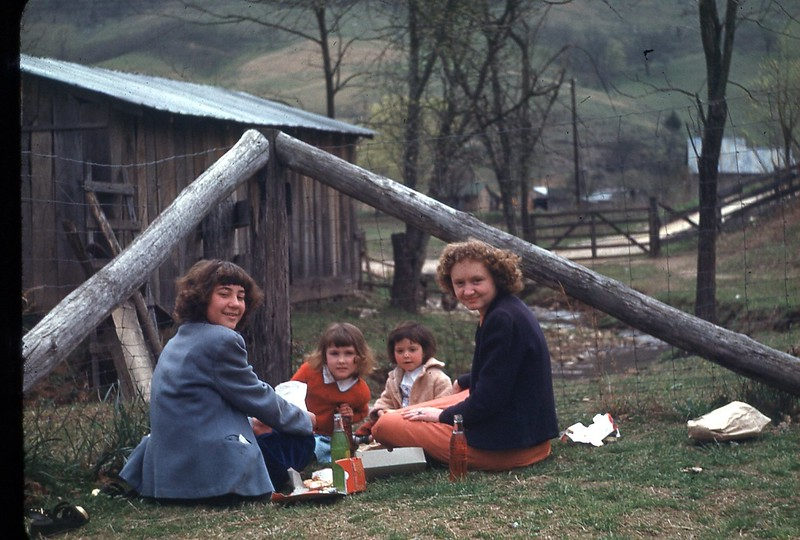 1949 Picnic on way to SS