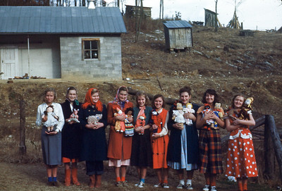 xmas 1950 - Intermediate Girls