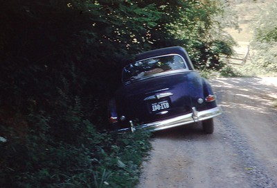 1954 - Crowded off road on way to DVBS Sheepshank