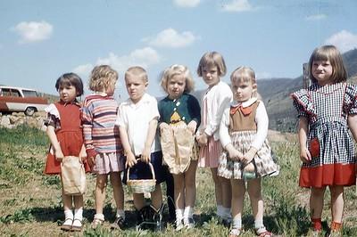 1957 Egg Hunt