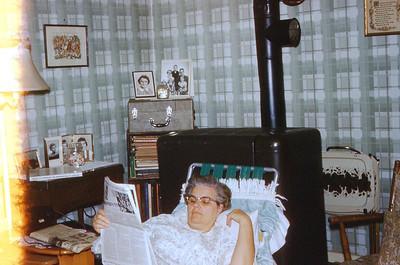 1962 - Winnie Relaxing