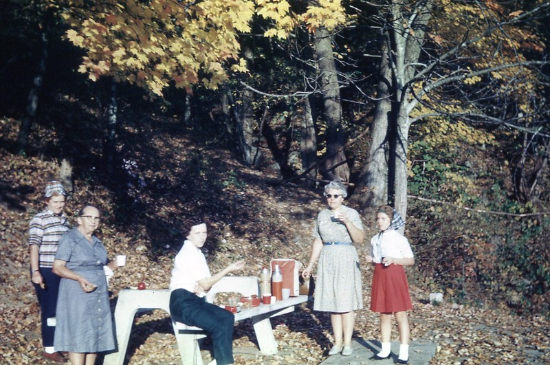 1965 - Afternoon Coffee after getting Apples at Wise, VA