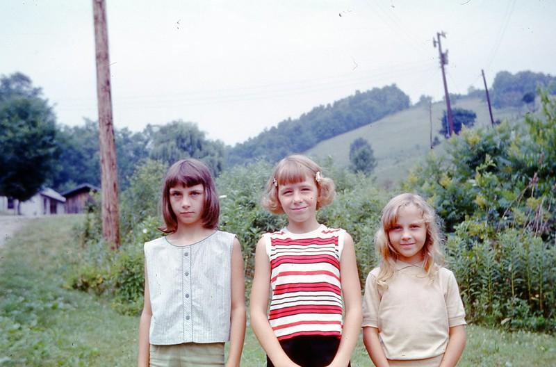 1966 - Barbara, Linda, & Mary Lee