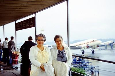 1967 - Winnie & Dr  Teddy at Air Port