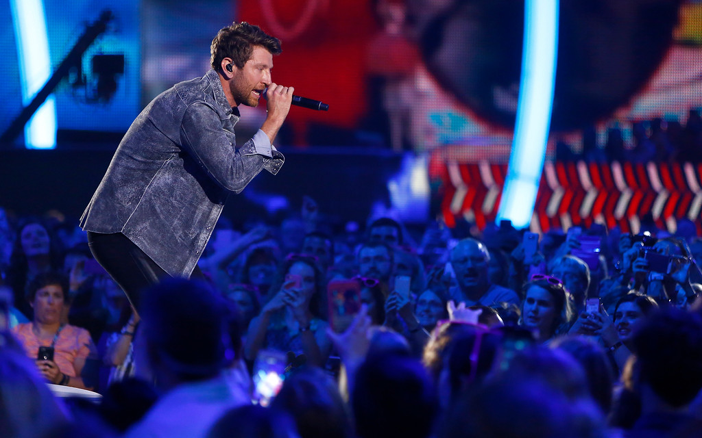 """. Brett Eldredge performs \""""Somethin\' I\'m Good At\"""" at the CMT Music Awards at Music City Center on Wednesday, June 7, 2017, in Nashville, Tenn. (Photo by Wade Payne/Invision/AP)"""