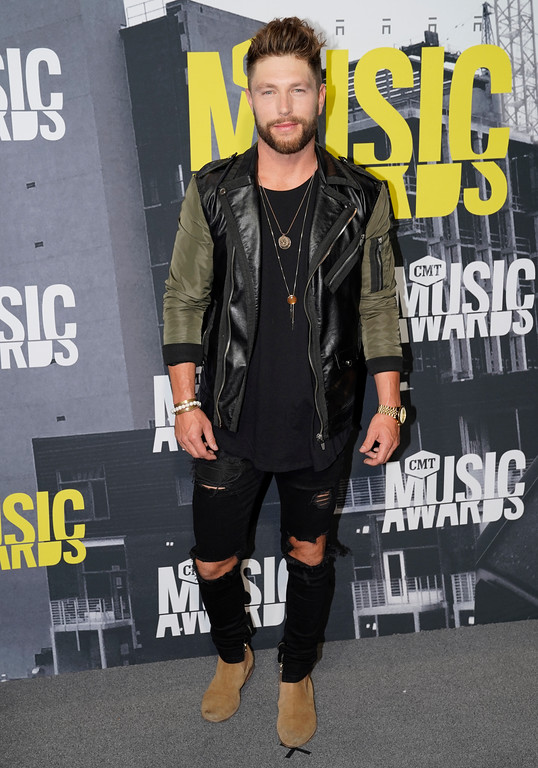 . Chris Lane arrives at the CMT Music Awards at Music City Center on Wednesday, June 7, 2017, in Nashville, Tenn. (Photo by Sanford Myers/Invision/AP)