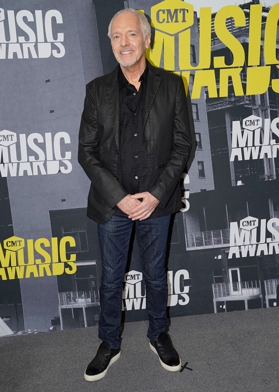 . Peter Frampton arrives at the CMT Music Awards at Music City Center on Wednesday, June 7, 2017, in Nashville, Tenn. (Photo by Sanford Myers/Invision/AP)