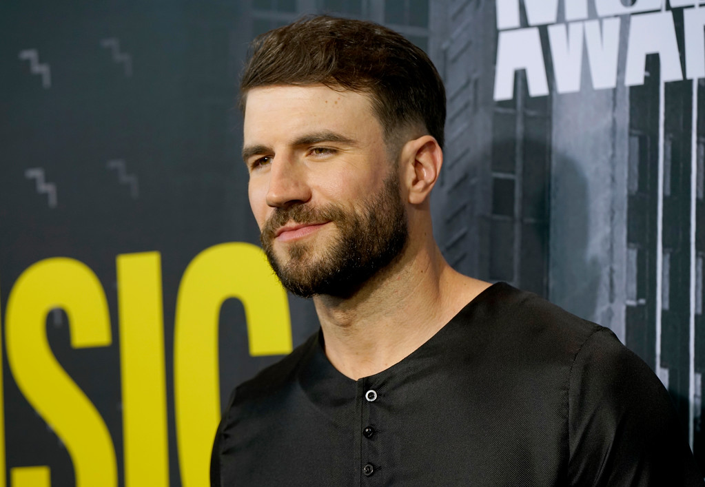 . Sam Hunt arrives at the CMT Music Awards at Music City Center on Wednesday, June 7, 2017, in Nashville, Tenn. (Photo by Sanford Myers/Invision/AP)