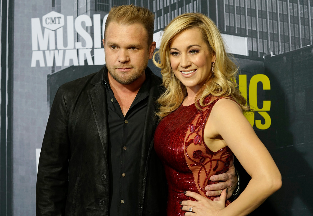 . Kyle Jacobs, left, and Kellie Pickler arrive at the CMT Music Awards at Music City Center on Wednesday, June 7, 2017, in Nashville, Tenn. (Photo by Sanford Myers/Invision/AP)