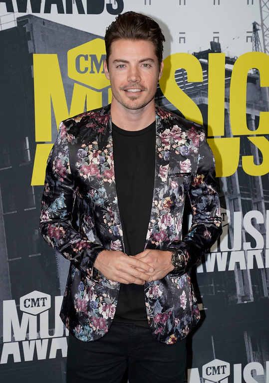 . Josh Henderson arrives at the CMT Music Awards at Music City Center on Wednesday, June 7, 2017, in Nashville, Tenn. (Photo by Sanford Myers/Invision/AP)