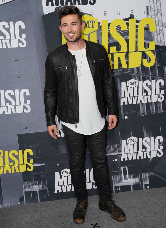 . Michael Ray arrives at the CMT Music Awards at Music City Center on Wednesday, June 7, 2017, in Nashville, Tenn. (Photo by Sanford Myers/Invision/AP)