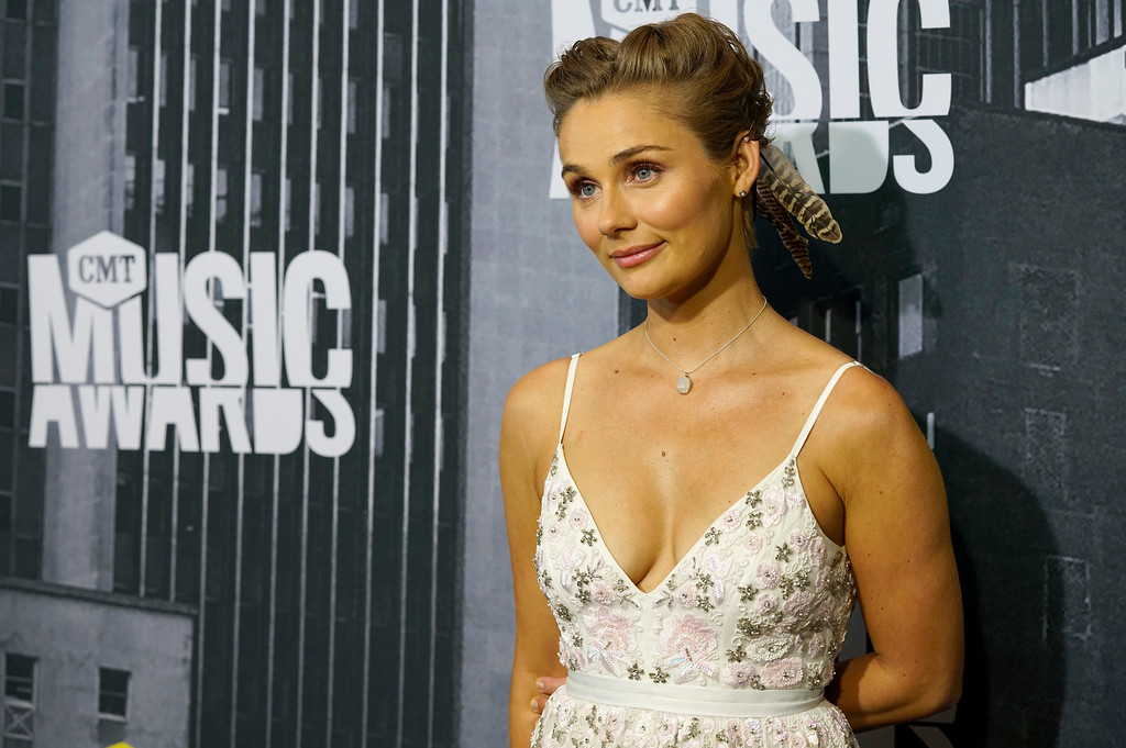 . Clare Bowen arrives at the CMT Music Awards at Music City Center on Wednesday, June 7, 2017, in Nashville, Tenn. (Photo by Sanford Myers/Invision/AP)