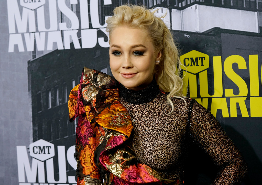 . RaeLynn arrives at the CMT Music Awards at Music City Center on Wednesday, June 7, 2017, in Nashville, Tenn. (Photo by Sanford Myers/Invision/AP)